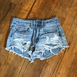 Lightly used AEO Hi-Rise distressed denim shorts.